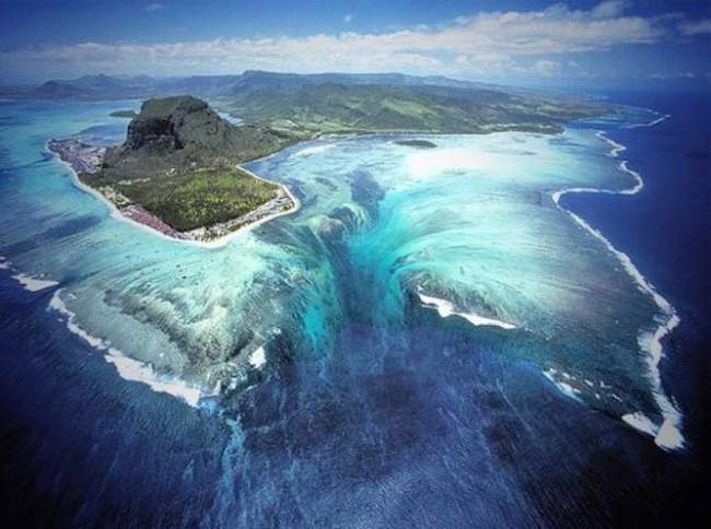 A waterfall under the sea