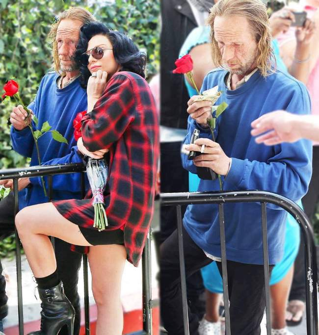 Lady Gaga took a photo with and gave money to a homeless man.