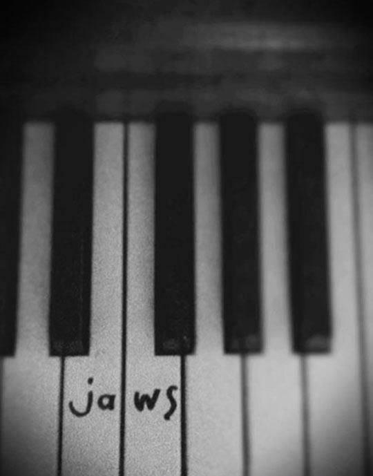 Piano Jaws - 9buz