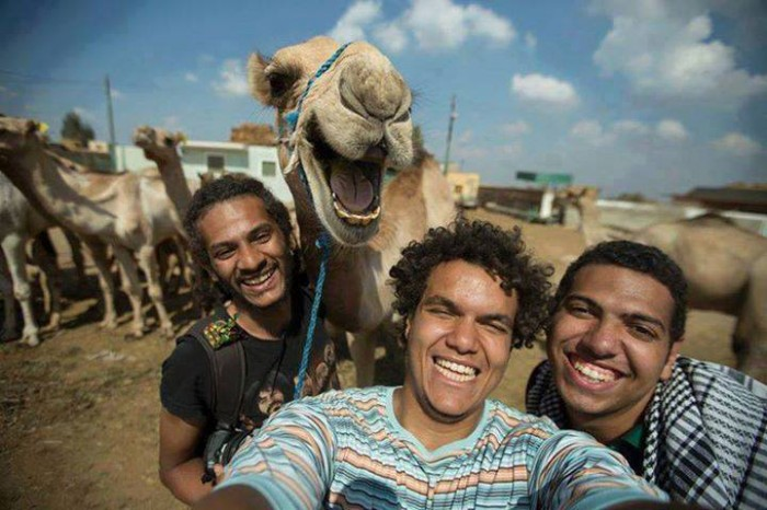 A very funny selfie with camel!